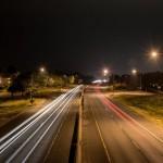 車のヘッドライトはハイビームが基本。ロービームが例外なんです。